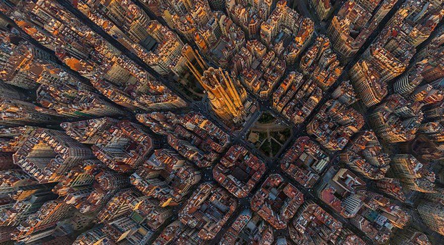 Sagrada-Familia-–-Barselona-İspanya